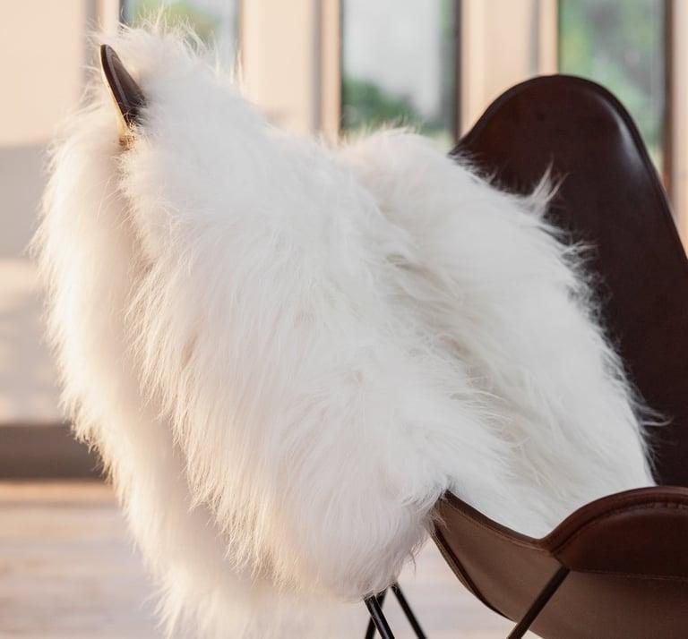 Large-White-Icelandic-Sheepskin-Rug_1441x1341